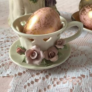 Decorative heart tea cup and saucer (combined)